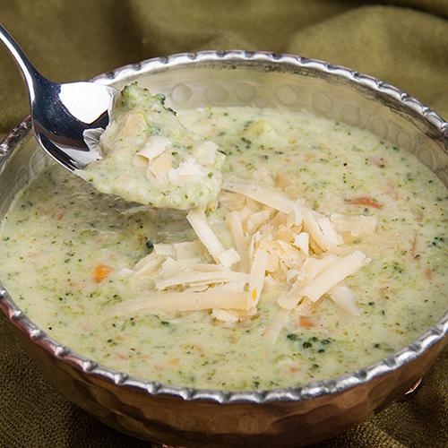 طرز تهیه سوپ برُکُلی و پنیر چدار